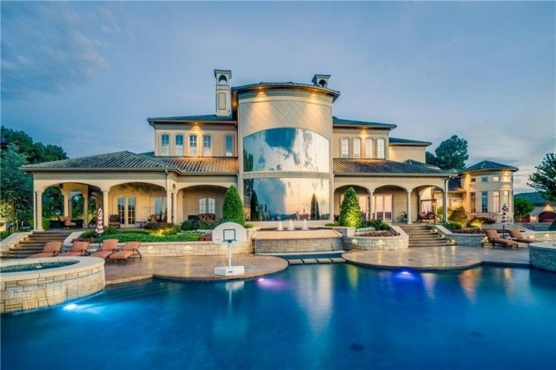 The Most Expensive Home In Arkansas Is This 10 9m Palace American Luxury Expensive Houses Luxury Expensive Houses Mansions