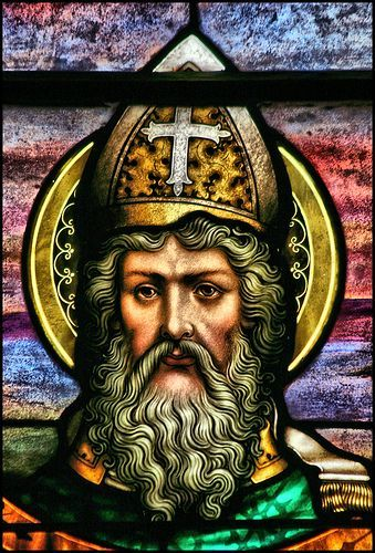 Saint of the Day – June 14 – St Methodius I – (Died 847) Bishop #pinterest Patriarch of Constantinople, modem Istanbul. He was born in Syracuse, Sicily, and built a monastery on the island of Chios. After some time in Constantinople, he was sent to Rome in 815 as the representative of Patriarch Nicephorus, who ....| Awestruck.tv
