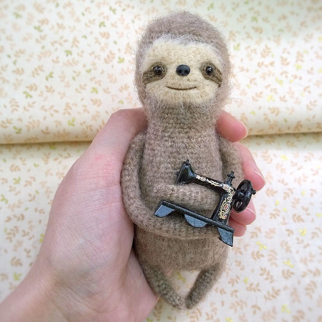 Игрушка ленивец своими руками фото 828