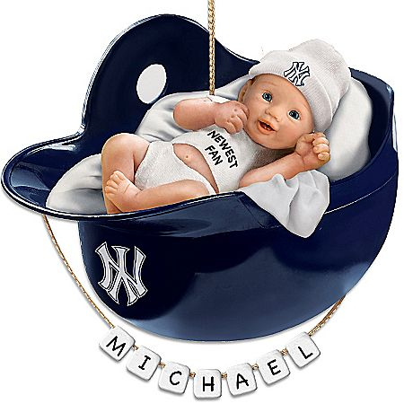 New York Yankees Personalized Baby's First Christmas ...