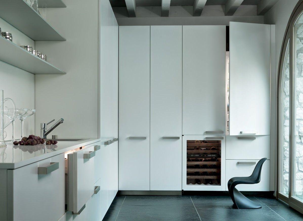 Sub-Zero\'s new Column and Tall Integrated refrigerators >>> Come in ...