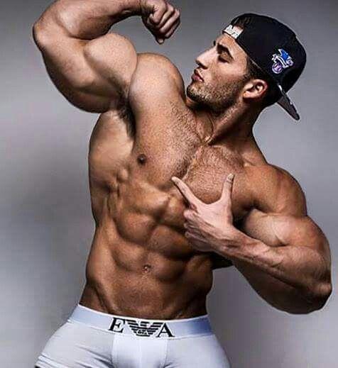 flexing biceps bodybuilding fitness