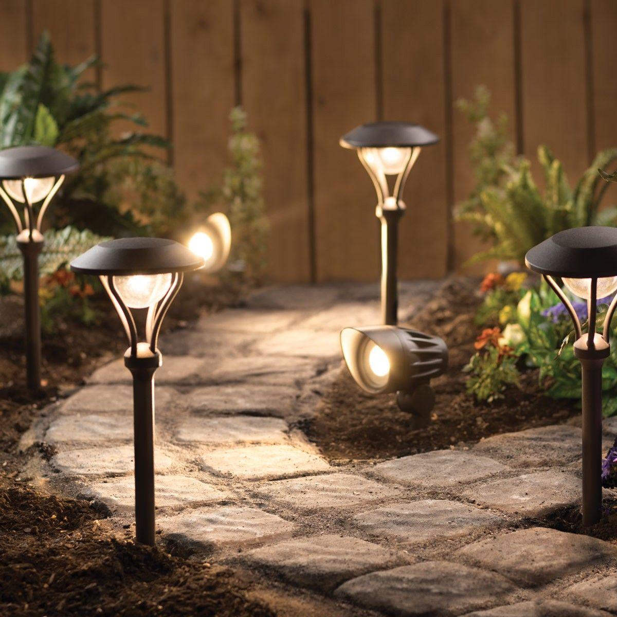 Led 6 Pack Landscape Lighting Kit Duracell Landscape Lighting Landscape Lighting Kits Outdoor Landscape Lighting