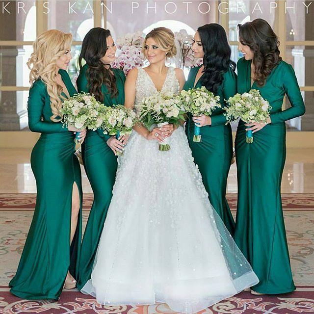 Resultado de imagem para madrinhas de casamento verde