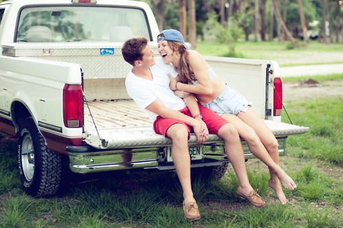country boys and pickup trucks <3