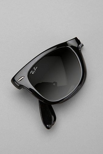 Ray-Ban Folding Wayfarer Sunglasses  - Urban Outfitters