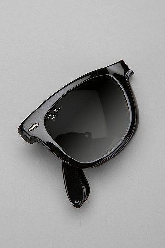 Ray Ban Folding Wayfarer Sunglasses | Urban outfitters
