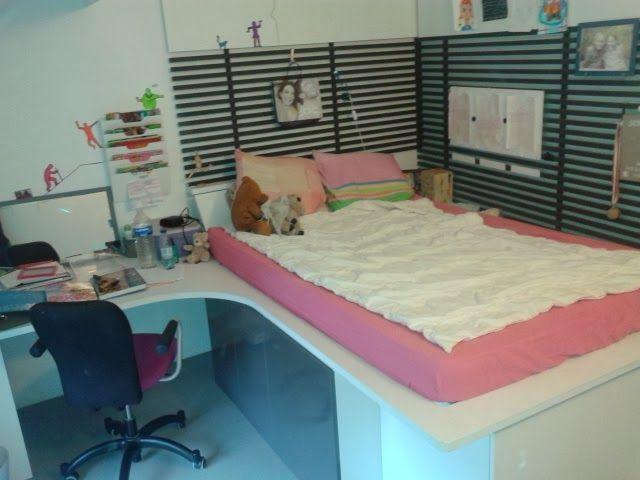 Bureau lit avec rangements sous le lit lattage et panneaux d