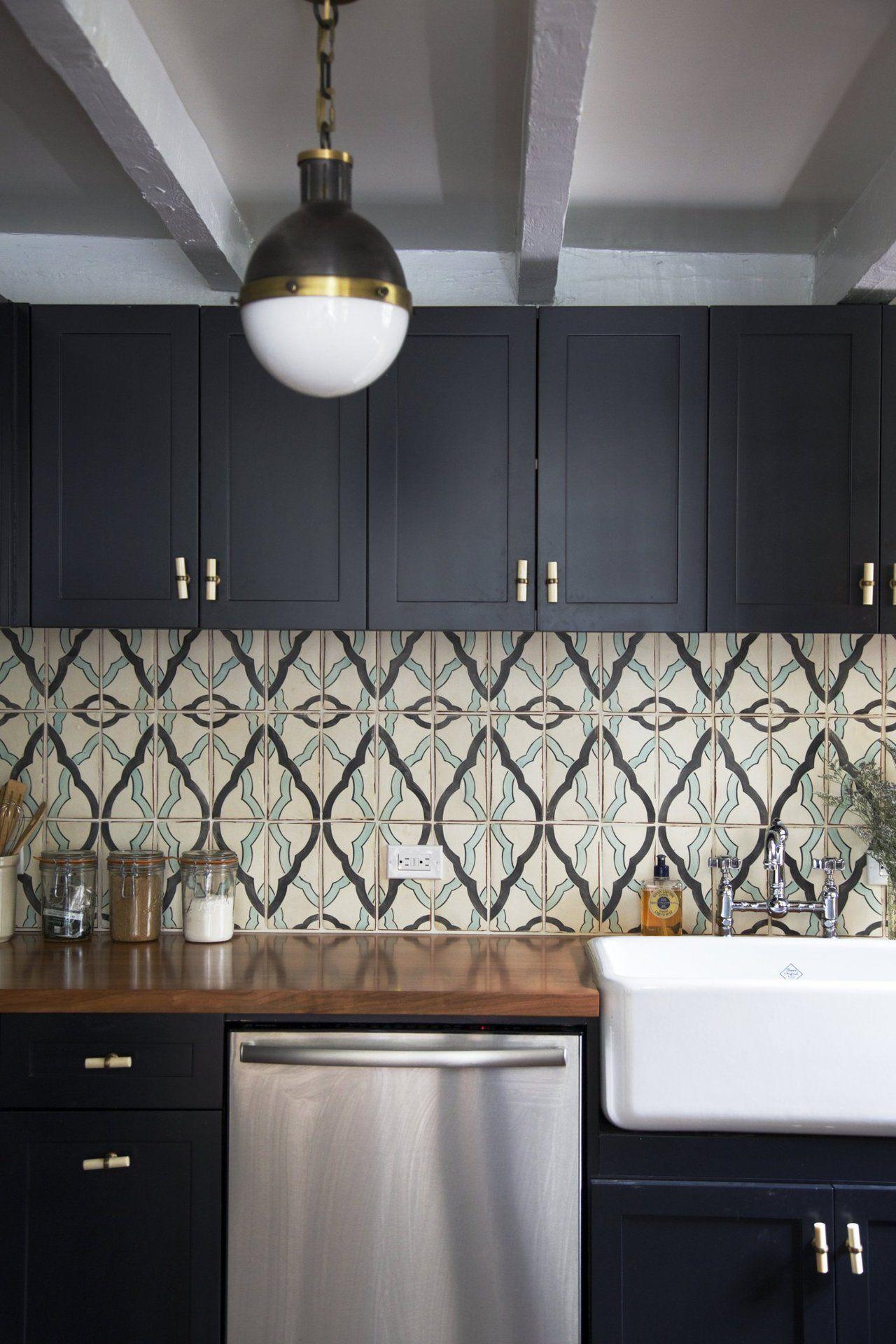 House Tour: An Eclectic East Village Apartment | Cocinas, Comprar y ...
