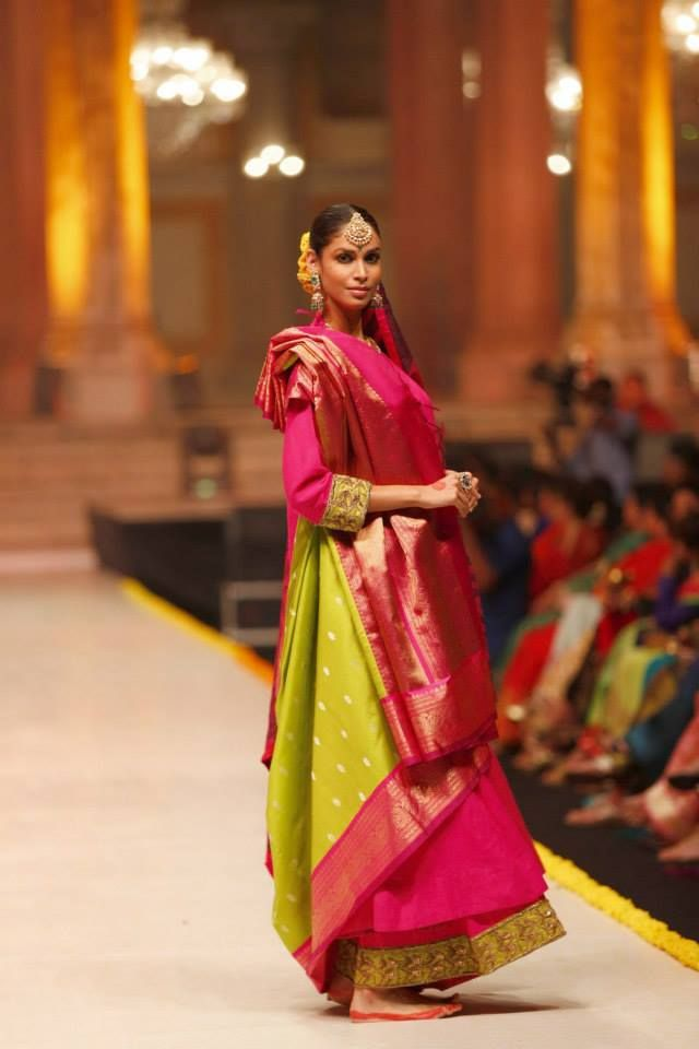 Kanjivaram was earlier meant for only South Indian Bride and marriages till #Gaurang Shah brought it to the ramp. Description by Pinner Mahua Roy Chowdhury