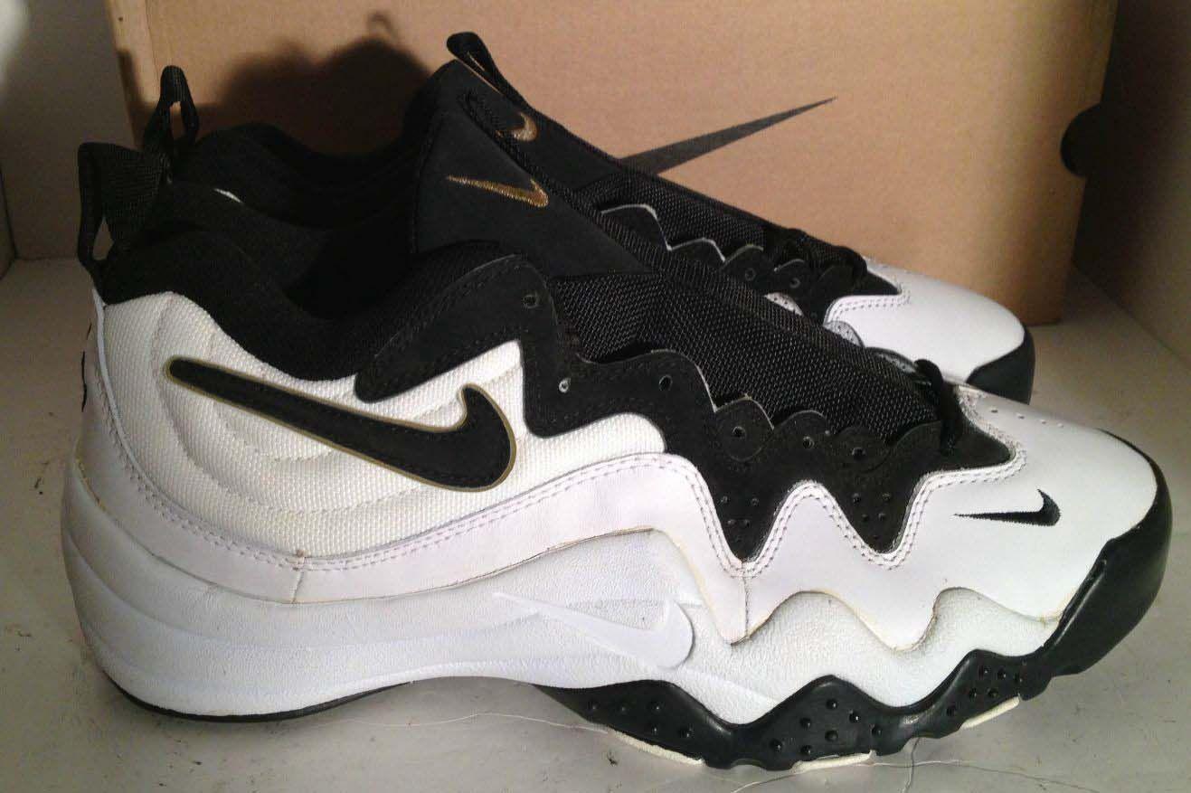 old air jordan basketball shoes 1990s