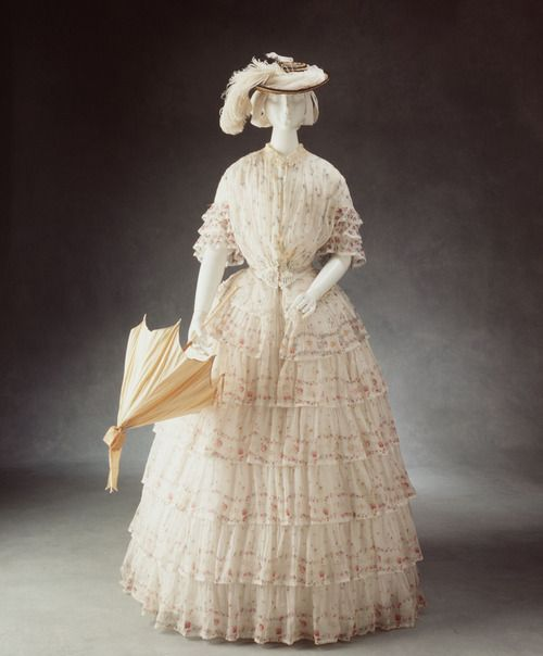 Day dress, circa 1845, from the Powerhouse Museum.