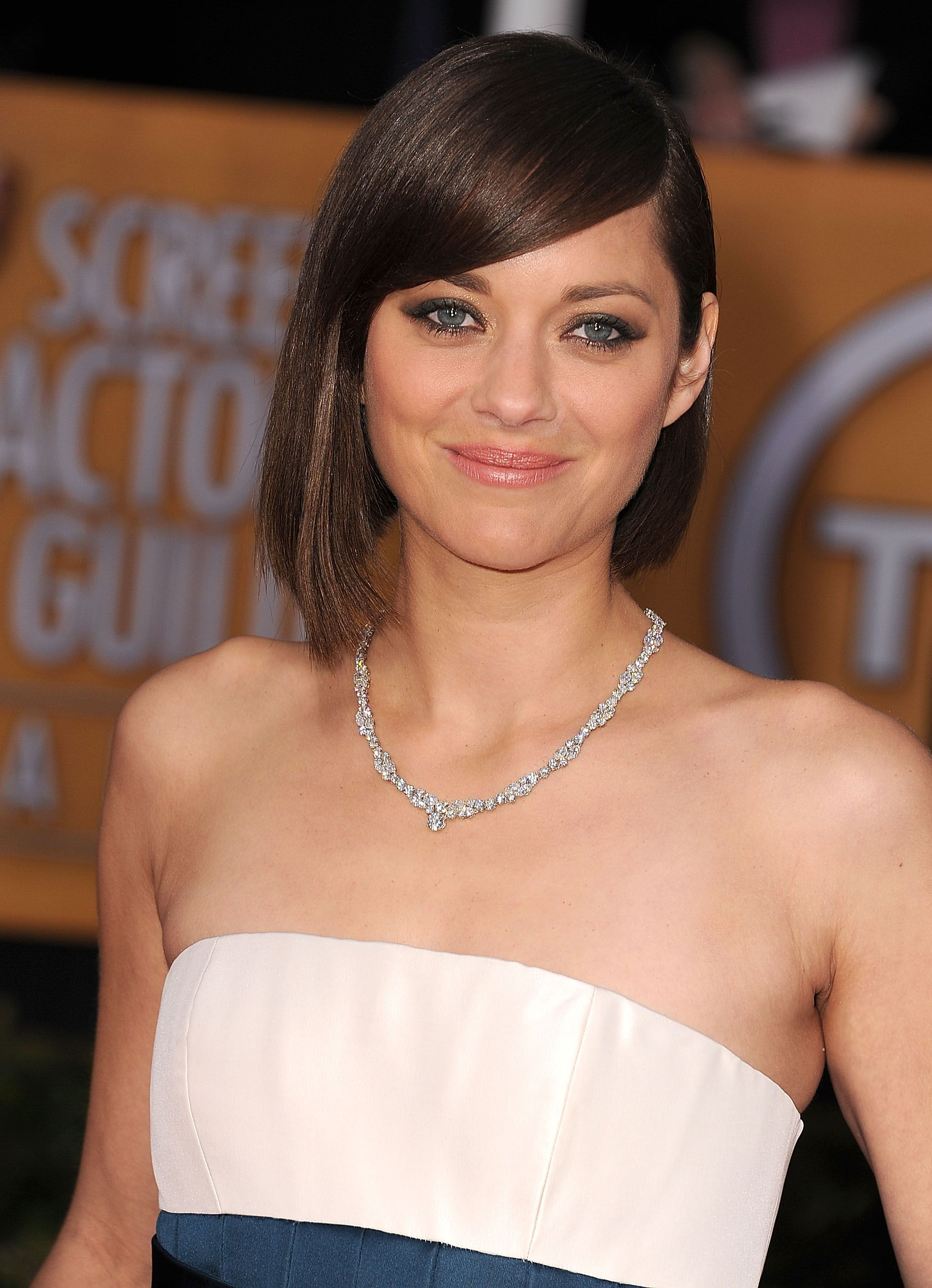 Find the best bangs for your face shape facial shapes pinterest