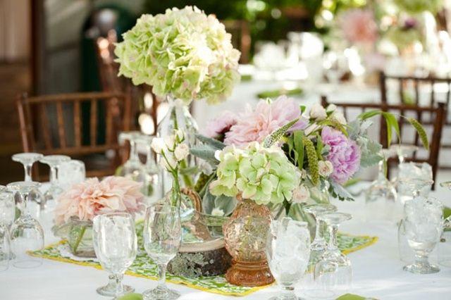 hortensien rosa wei farbe vintage vase kristallgl ser hochzeitsdeko pinterest vintage. Black Bedroom Furniture Sets. Home Design Ideas