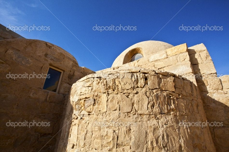 AMRA CASTLE http://static8.depositphotos.com/1248018/980/i/950/depositphotos_9801298-Amra-Castle---bathhouse---Desert-Castle-in-Jordan.jpg    www.worldwidephotoweb.com