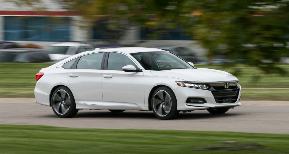 2020 Honda Accord Awd Specs Interior Exterior The Chassis Features Macpherson Strut Top Rated And A Lot More Honda Accord Honda Accord Sport Accord Sport