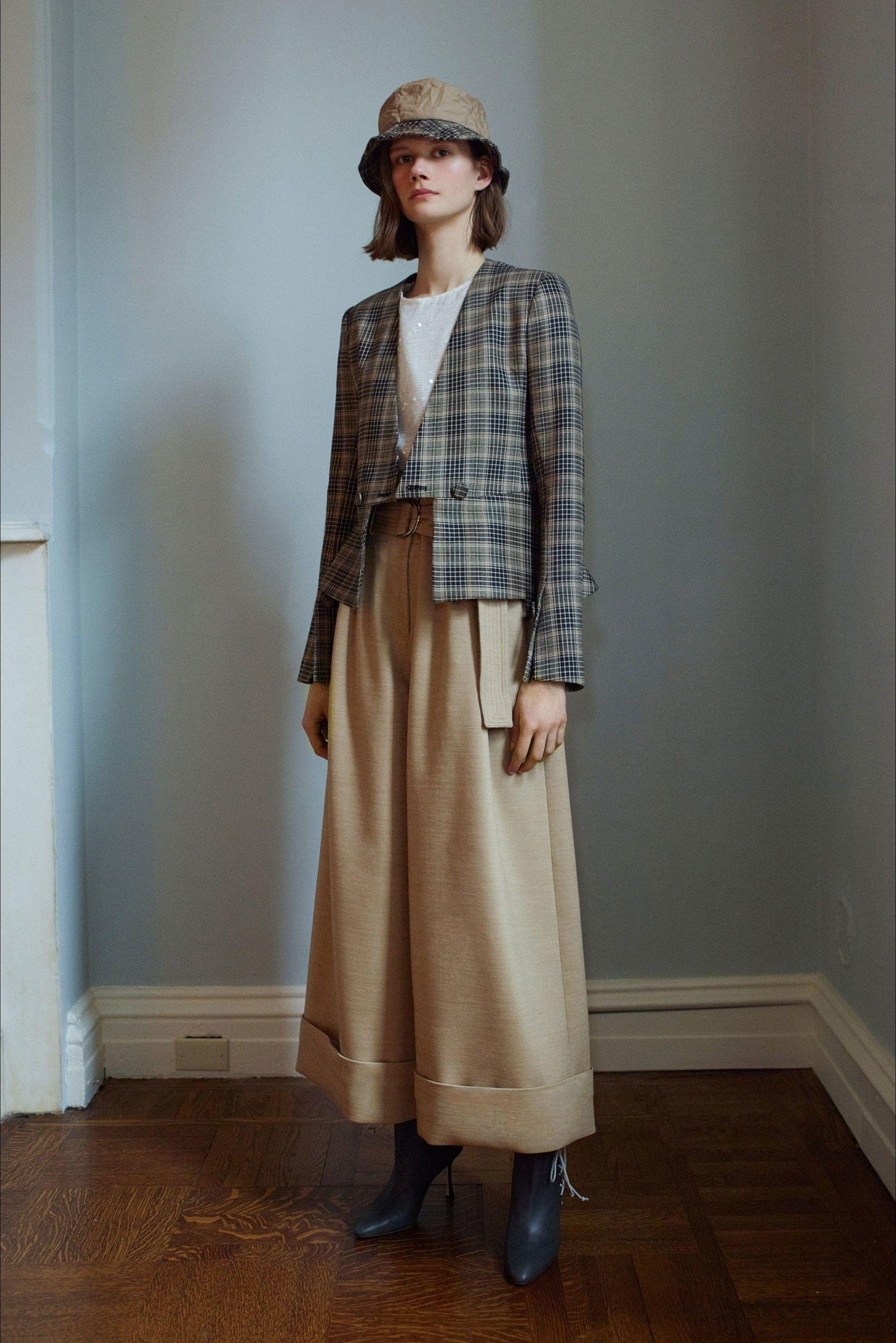 Sfilata Adam Lippes New York - Collezioni Autunno Inverno 2018-19 - Vogue aacc324b76b