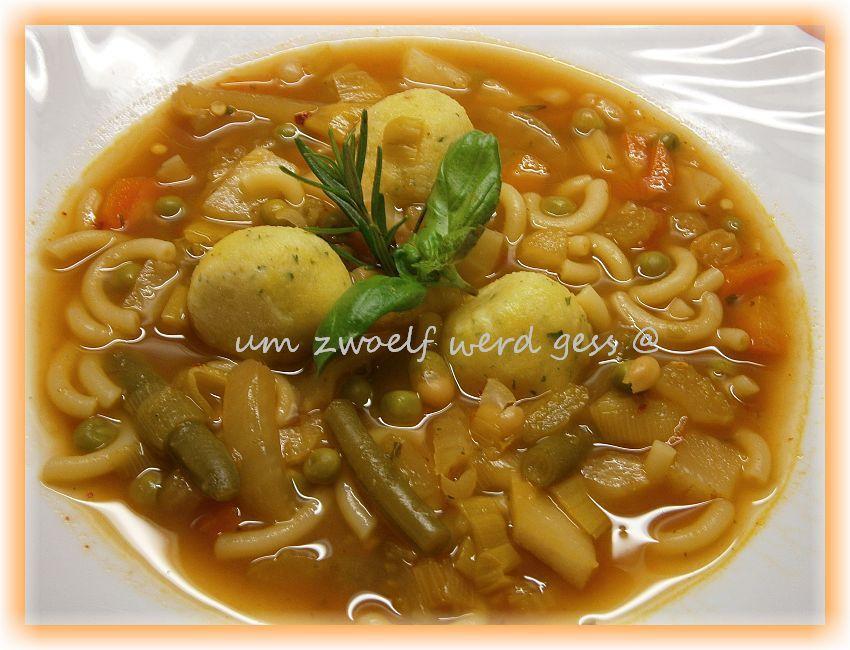 Minestrone ( italienische Gemüsesuppe )