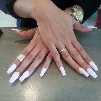 pinterest ♛thalytta hellen♛  white acrylic nails white