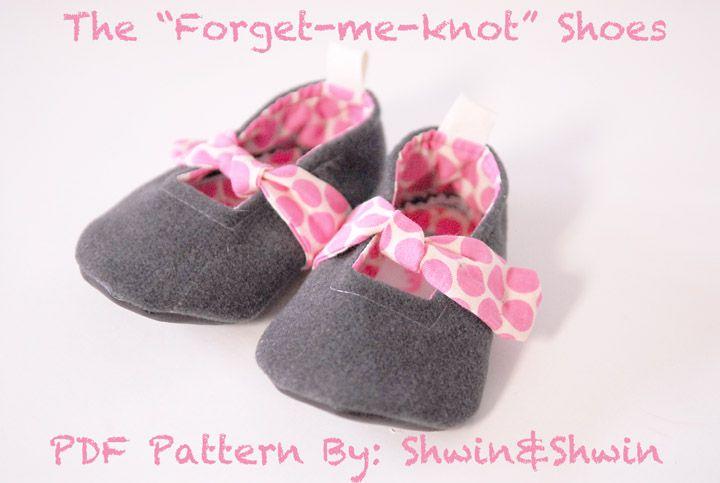 Shwin: Forget-Me-Knot Shoes {Free PDF Pattern}Ja, ja ja - sådan nogle må jeg have gang i :)