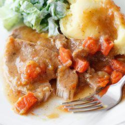 Schab gotowany w sosie z porem i marchewką | Blog | Kwestia Smaku