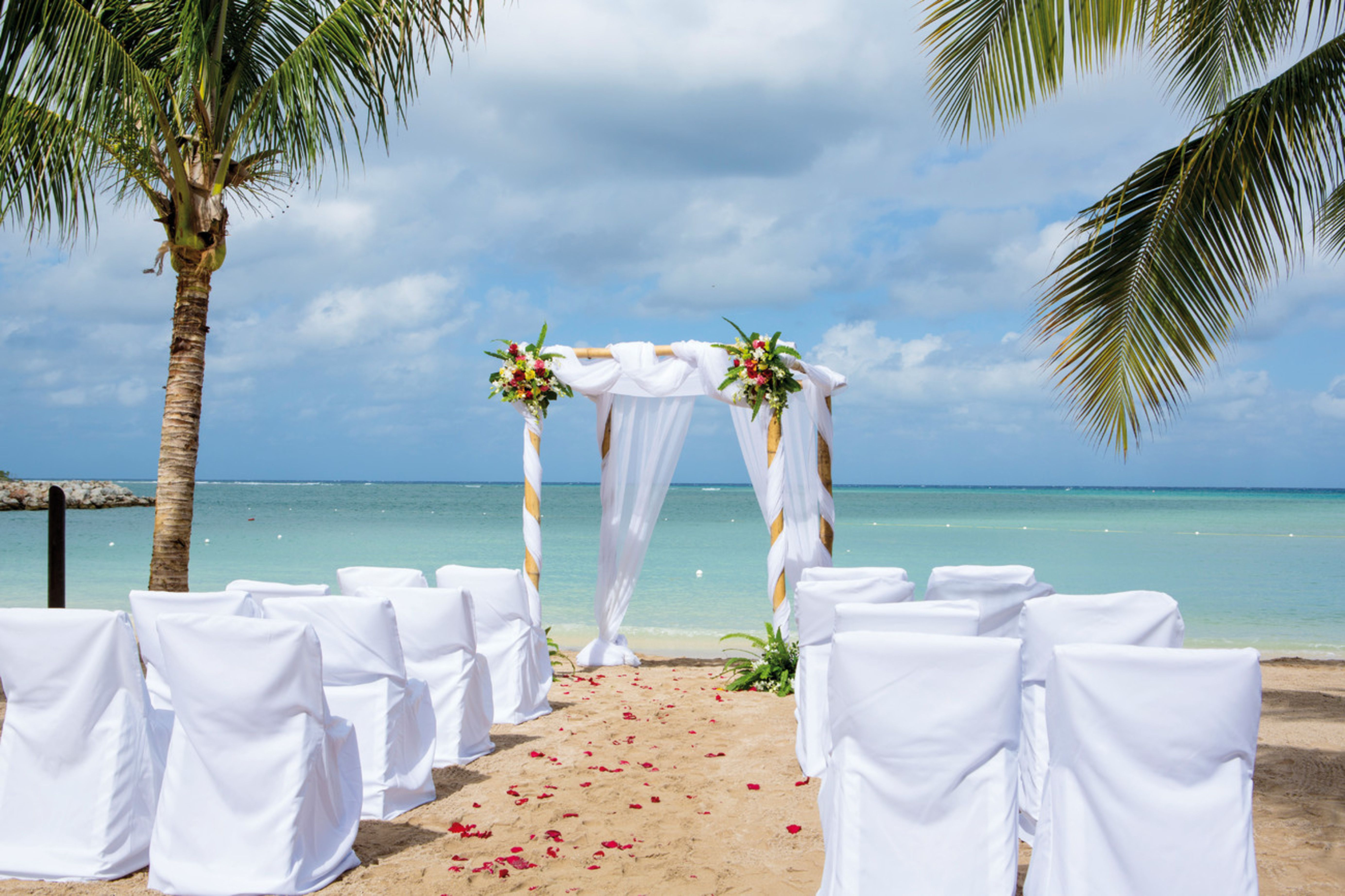 Beach Wedding in Montego Bay, Jamaica Wedding by RIU