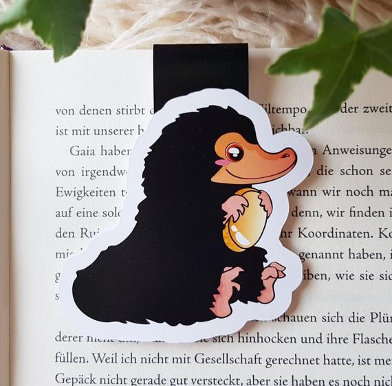 Magnet Bookmark Niffler I Fantastic Beasts Inspired Etsy Fantastic Beasts Niffler Etsy