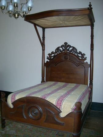 Ca 1860 Walnut Half Tester Bed For Sale Nice Rococo Carving On The Headboard Bed Is Larger Than A Full Size With Images Bed Beds For Sale Queen Beds