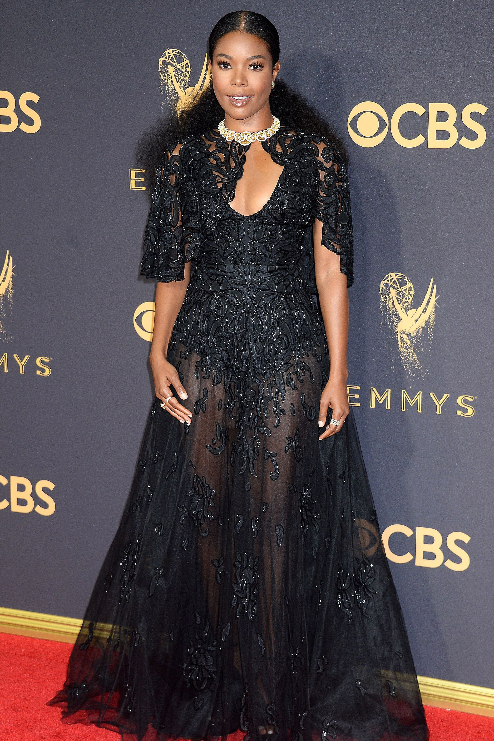 Every Look We Loved From The 2017 Emmys Red Carpet Nice Dresses Emmys Best Dressed Red Carpet Dresses