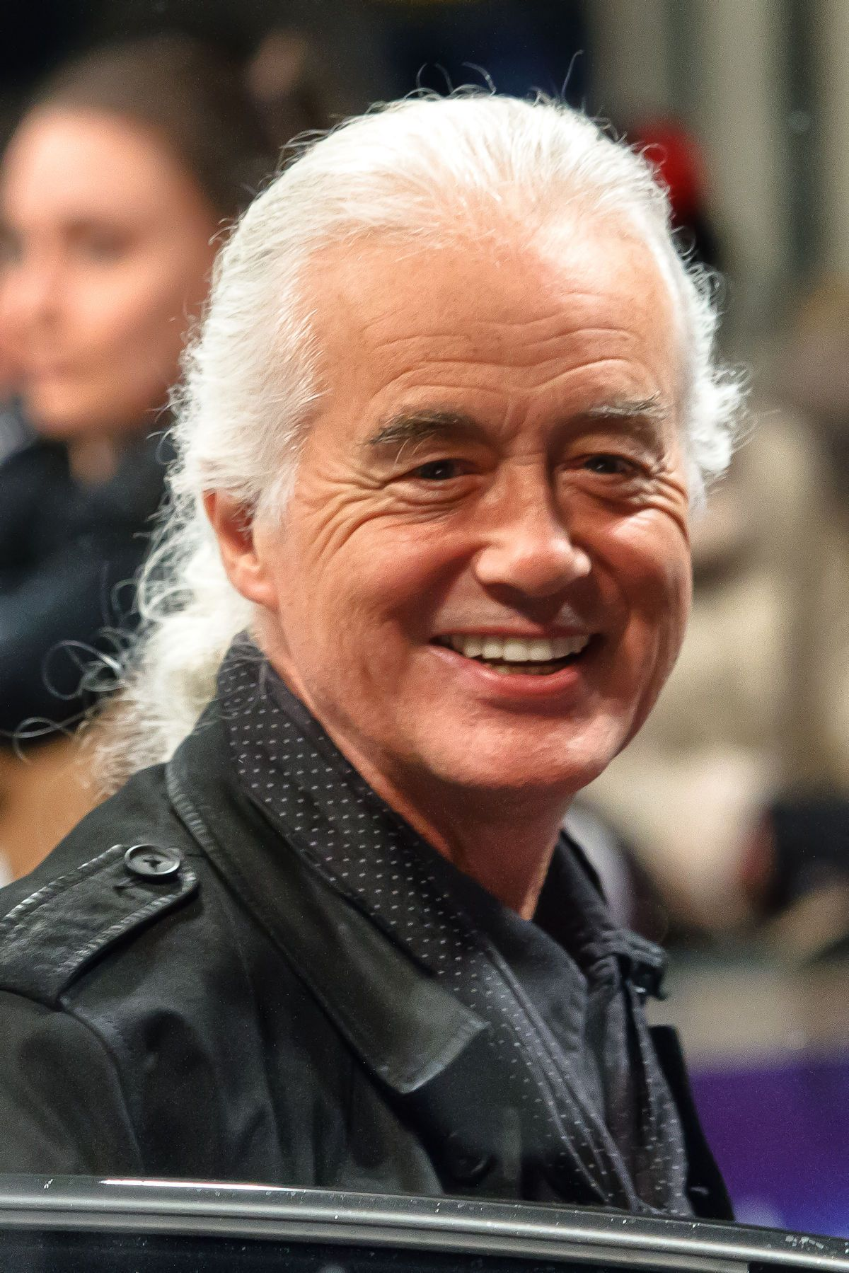 Jimmy Page Of Led Zeppelin His Interest In The Occult Jimmy Page Led Zeppelin Record Producer