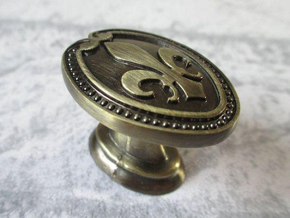 Dresser Knobs Pulls Antique Bronze / Drawer Knobs Pulls Handles ...