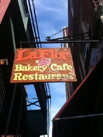 La Flor Cafe 5302 Roosevelt Ave Woodside Ny 11377