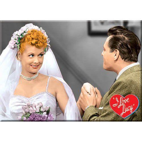 I Love Lucy Kitchen Wedding Dress Magnet 29290lu Dining