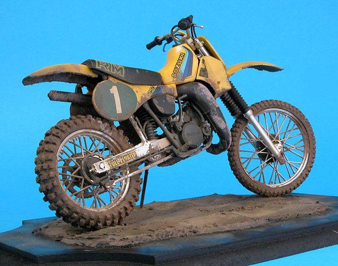 Tamiya Suzuki RM250 Dirt