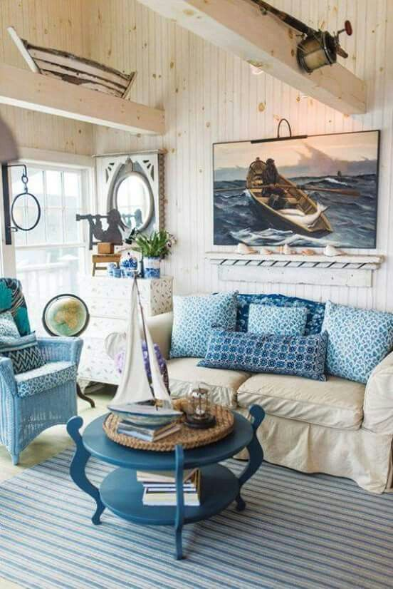 White Washed Wood And Accent Ideas For Coastal Theme Home Not Everything Altogether Blue Coffee Tableswhite