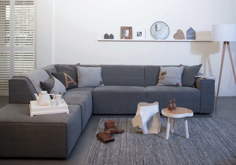 Strak Modern Bankje.Elementenbank Modern Maar Niet Te Strak Bank Dahlia Couch In 2019