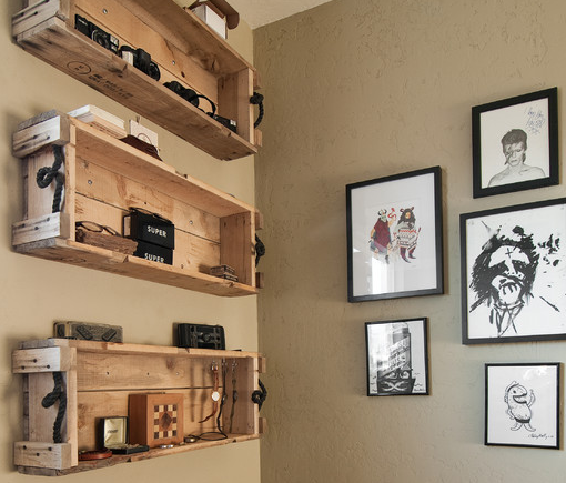 Wall mounted box shelves a trendy variation on open for Uses for old wooden crates