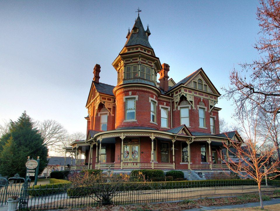 Awesome Here Is The Hornibrook Mansion An American Queen Anne Style Circa 1888 James H Hornibrook Who Moved Victorian Homes Victorian Style Homes Mansions