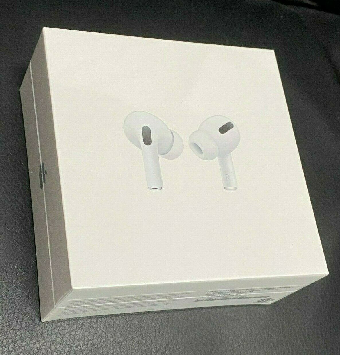 Apple Airpods Pro With Wireless Charging Case Sam S Club Airpods Pro Noise Cancelling In Ear Headphones