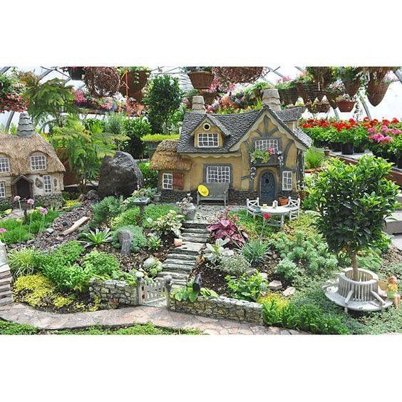 Lovely 20 Cottage Style Landscaping Ideas To Enhance Your: Large Fairy Garden, Fairy Garden Houses