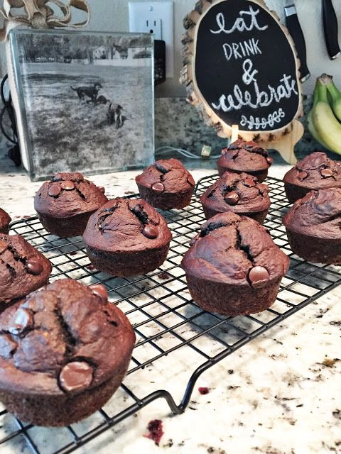 Fixate Approved Chocolate Banana Bread Muffins 21 Day Fix Desserts Fixate Recipes 21 Day Fix Snacks