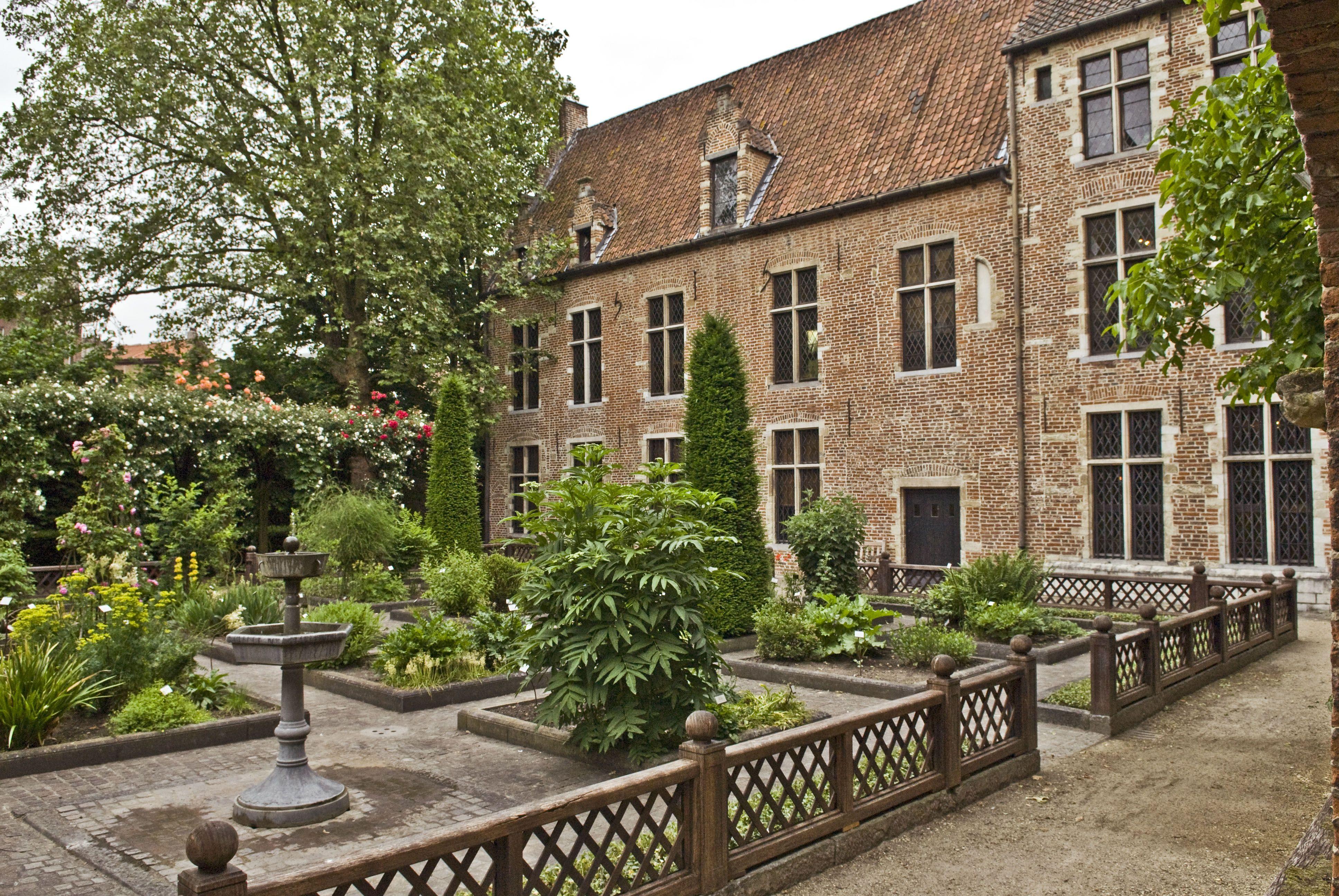 Jardin de la Maison d\'Érasme/Tuin van het Erasmushuis/Garden of ...