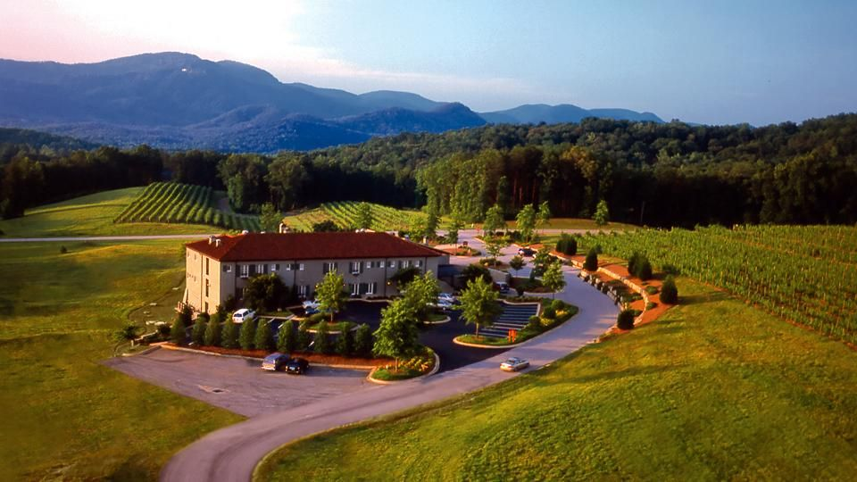 Hotel Domestique Is Nestled In The Rolling Foothills Of Blueridgemountains Near Travelers Rest Sc Yeahthatgreenville