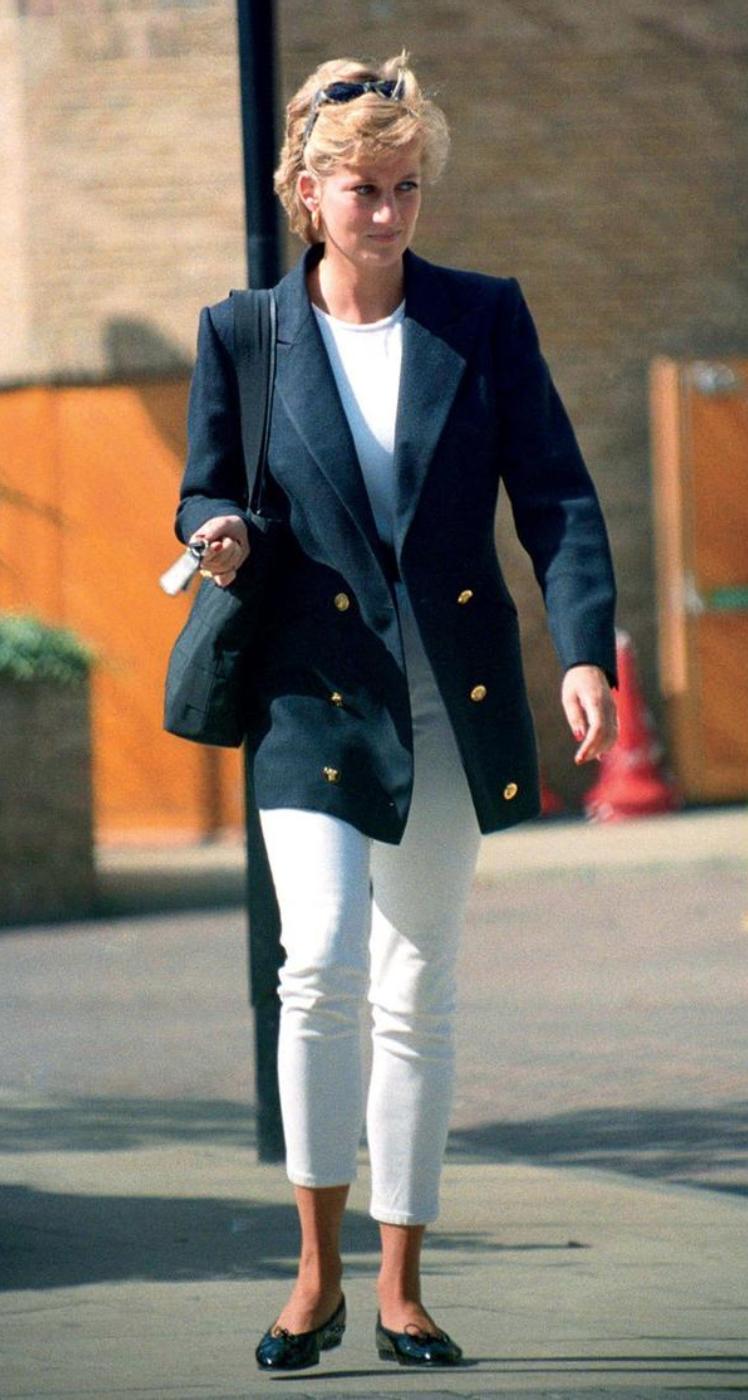 Princes Diana elegant chic outfits #princessdiana