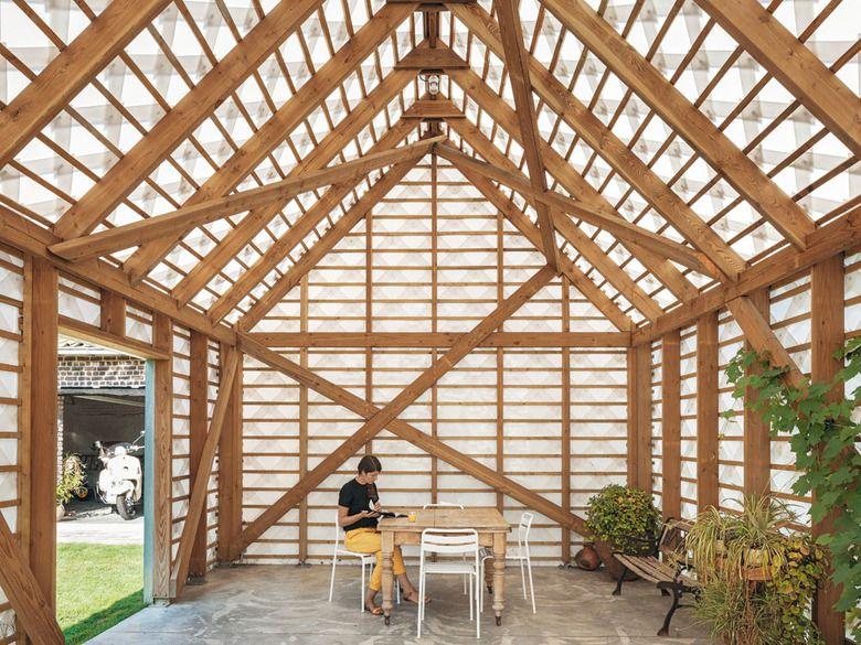 Fancy Garden Pavilion in Smetlede