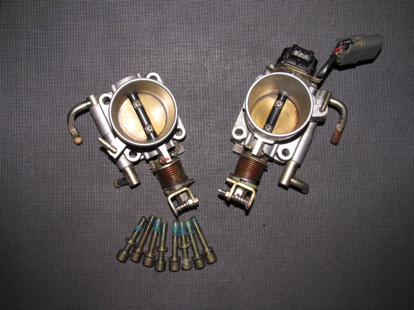 90 91 92 93 94 95 96 Nissan 300zx OEM Throttle Body & Tps Sensor - Set
