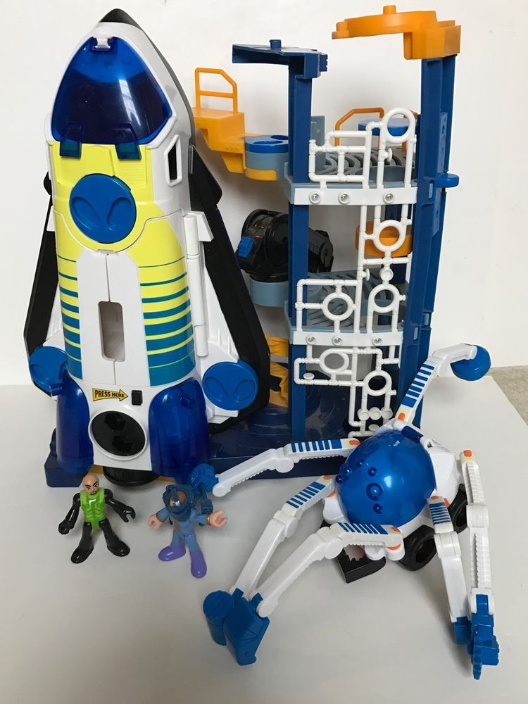 Fisher Price Imaginext Space Shuttle Launch Station Figures