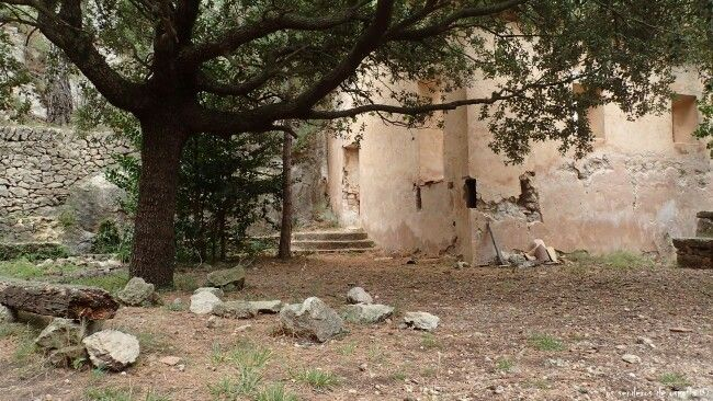 Ermita de Sant  Roc, Valle de Cardó, Benifallet, Tarragona.