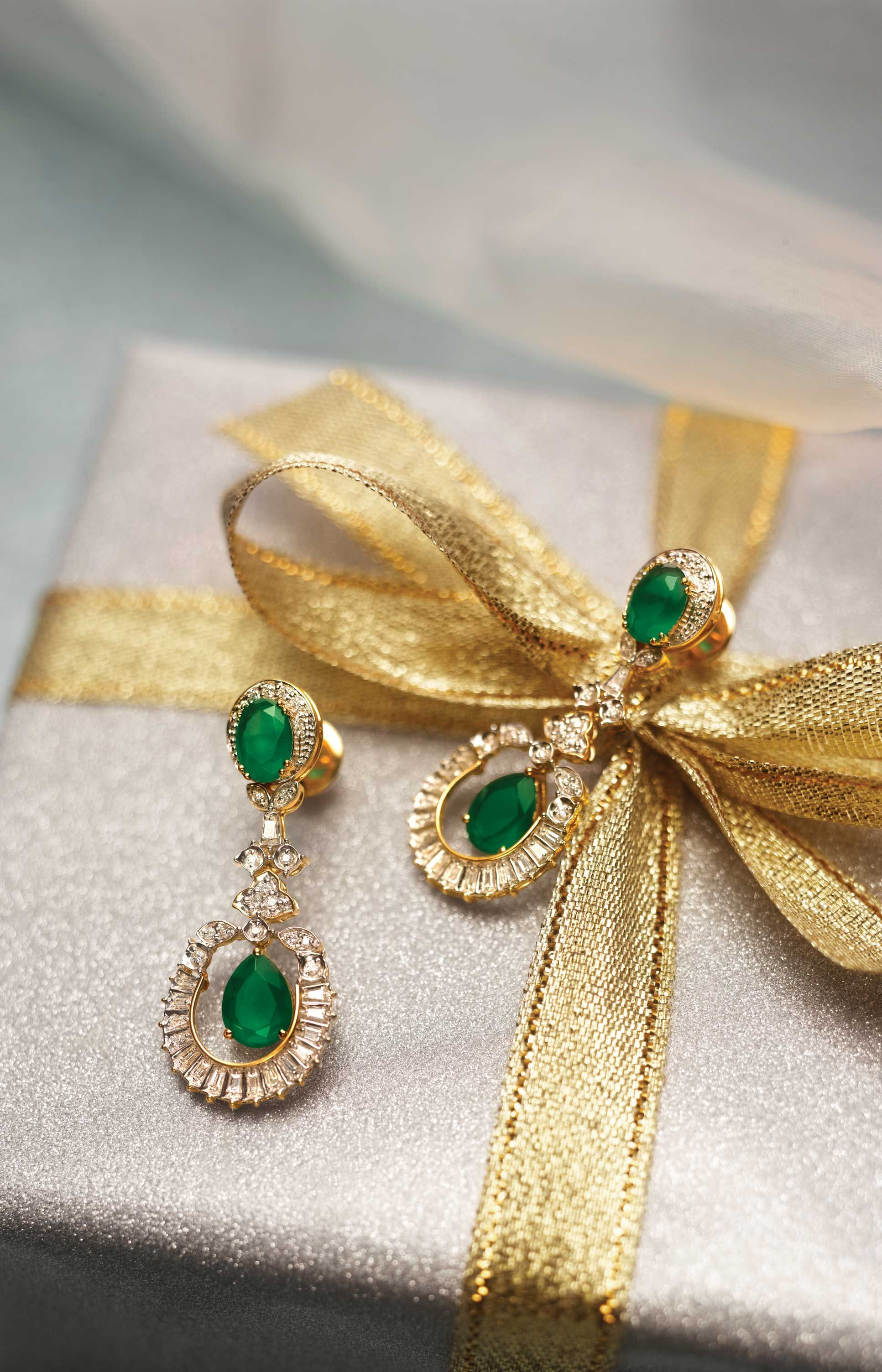 Gold diamond emerald earrings | Earnings | Pinterest | Emeralds ...
