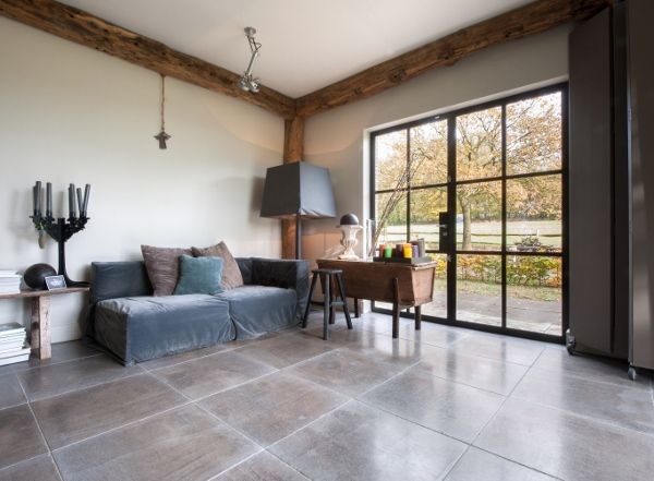 Kalksteen vloer gris foussana via kersbergen for Interieur vloeren